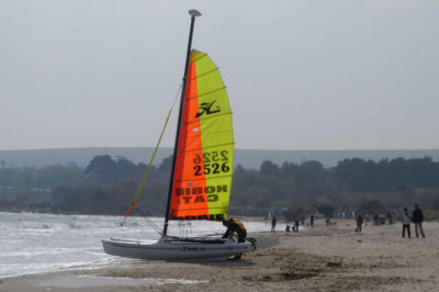 saiing-boat-Branksome-bay-Poole