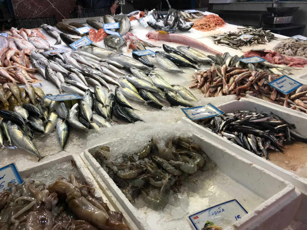 fish-market-prawns-sardines-for-sale